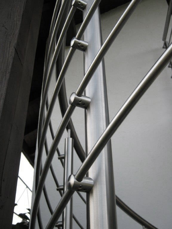 Geländer in Edelstahl an Spindeltreppe