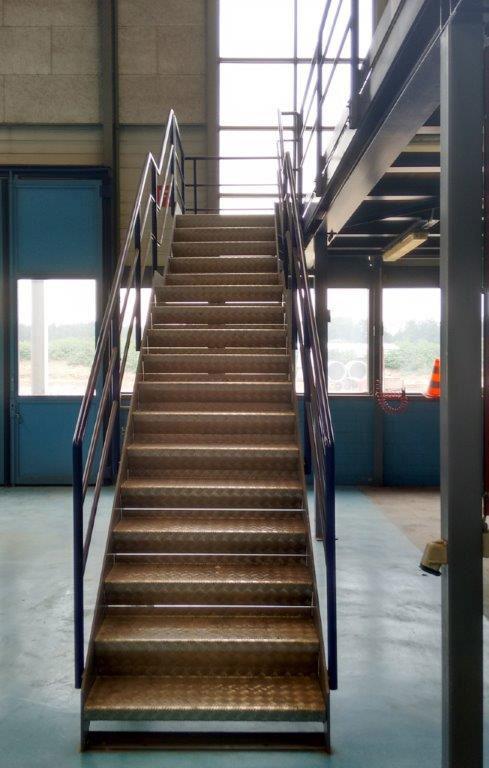 Tränenblech(Riffel-) Stufen Metalltreppe